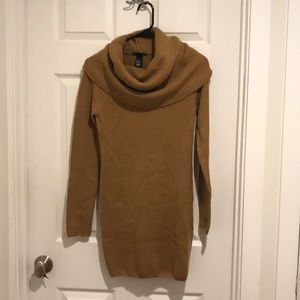 Tunic length turtleneck sweater from H&M